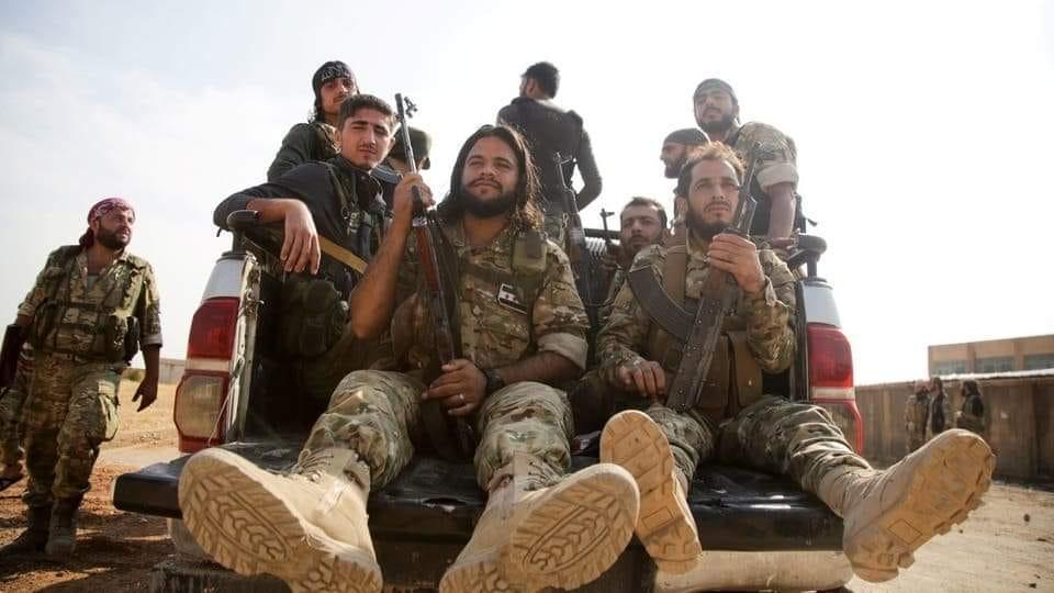 صحيفة بريطانية: 2000مرتزق_سوريوصلوا أو في طريقهم إلىليبيا
