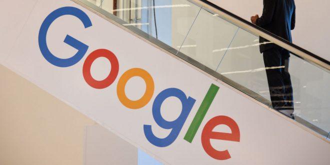 """أول مرة منذ 5 سنوات… """"غوغل"""" توجه ضربة قوية إلى """"فيسبوك"""""""