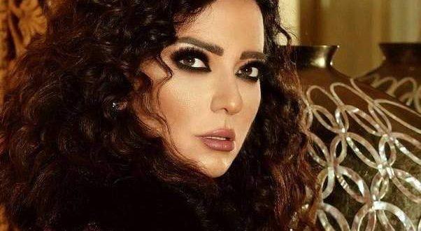 هل تتزوج أمل عرفة بعد خطوبة عبد المنعم عمايري ودانا حلبي؟