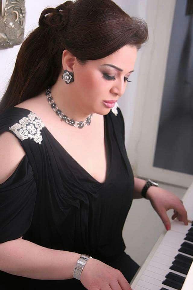 النجمة المصرية الهام شاهين تعبر عن حبها لسوريةوعن تأييدها للالجيش_العربي_السوري