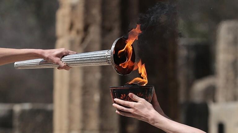 إيقاد الشعلة الأولمبية دون جمهور