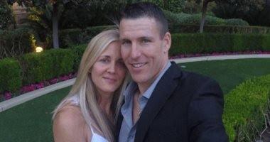أمريكي يقتل زوجته ويخفي الجريمة بالاستعانة بكو ر ونا