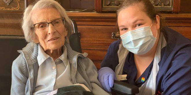 تعافي عجوز بريطانية تجاوزت الـ 106 أعوام من فيروس كو ر ونا