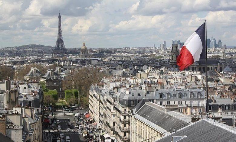 باريس توجه تهماً لخبراء آثار فرنسيون يتاجرون بقطع مسروقة من سورية