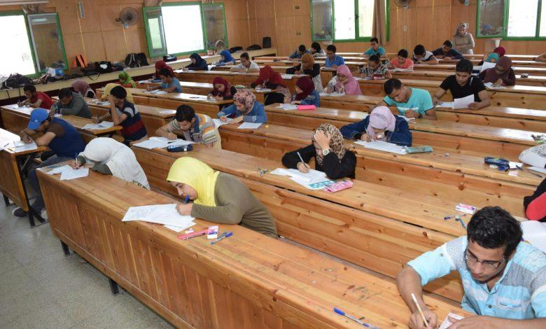 منع اصطحاب الطلاب للجوالات داخل القاعة الامتحانية في الجامعات