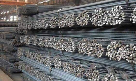 بعد منع الاستيراد.. هل ستزيد أسعار الحديد في السوق المحلية؟