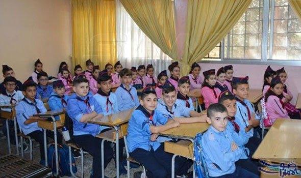 في عشرة الأيام الأوائل من العام الدراسي أكثر من ١٠٠ مسحة ٣ منها إيجابية في ريف دمشق حتى الآن