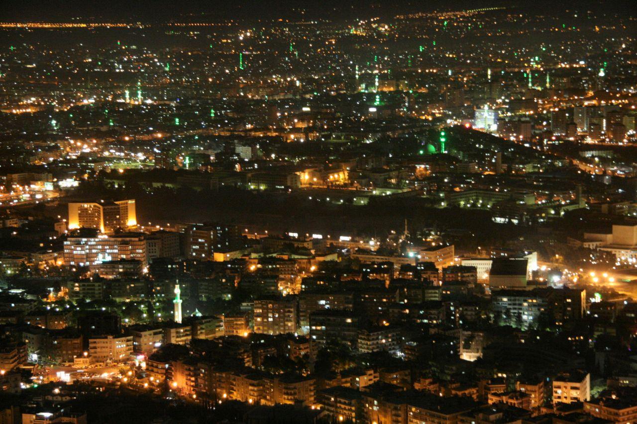 المدير العام لكهرباء دمشق :زيادة ساعات انقطاع التيار الكهربائي في المحافظة بسبب الحرائق التي اندلعت في الساحل السوري.