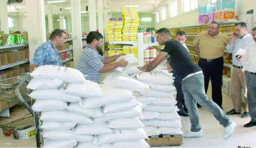 """مواطنون يشتكون عدم وضوح الآلية الجديدة لتوزيع الرز والسكر عبر """"الذكية"""""""