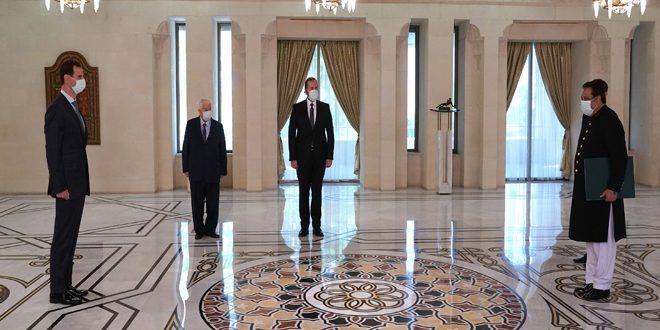 الرئيس الأسد يتقبّل أوراق اعتماد سفيري باكستان وسلطنة عمان