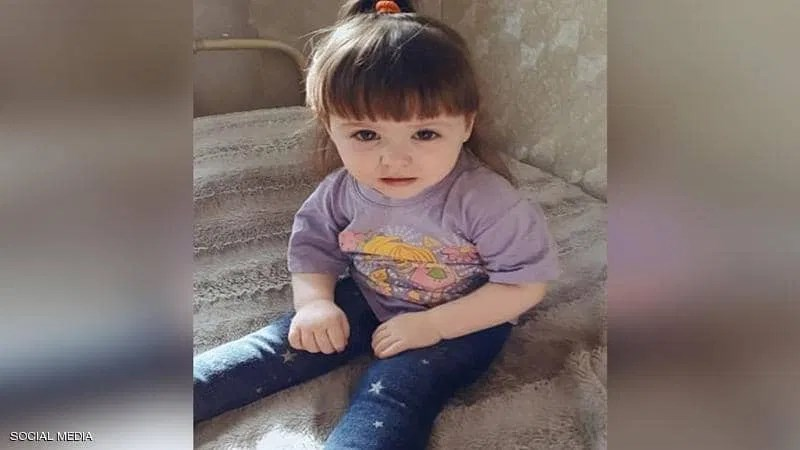 """وفاة طفلة نتيجة تجمدها في منزل ذويها والأم في دائرة """"الاتهام"""""""