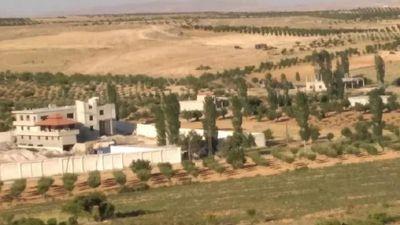 صحيفة لبنانية: سوريا تعتزم قطع الكهرباء عن بلدة لبنانية على حدودها