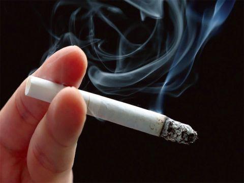 السوريون يدخنون بأكثر من 5 مليارات ليرة على الدخان الأجنبي خلال العام الماضي