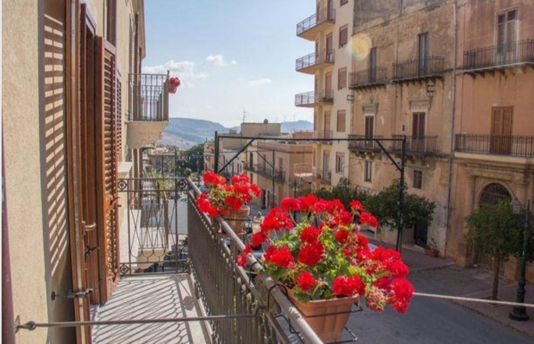 بلدة إيطالية تعرض منازلها بسعر أرخص من فنجان قهوة