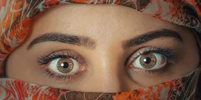 بشرى للمرضى…ابتكار نظارات ذكية تعالج قصر النظر خلال ساعة ونصف يوميا