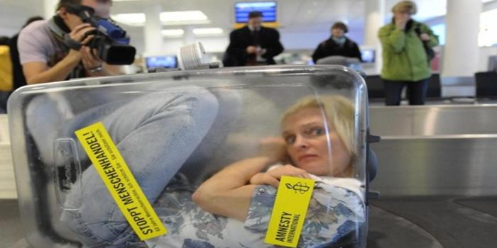 الاتجار بالبشر جريمة خفية تطال أغلب دول العالم