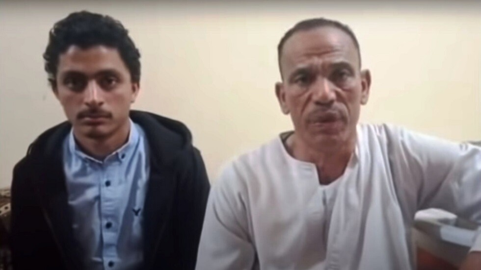 شاب مصري يعود لأسرته بعد 21 عاماً من الغياب