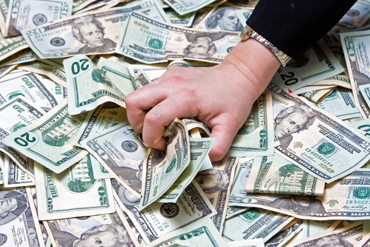 """""""لا يحبون الأضواء"""".. صحيفة تبحث في أسباب غياب أثرياء سوريا عن قوائم أغنياء العالم"""