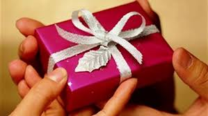 ارتفاع الأسعار غيّر تقاليد شراء هدايا عيد الأم