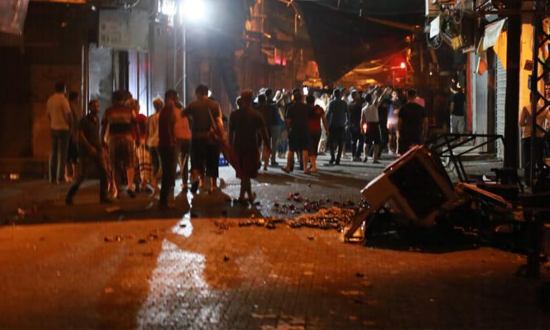 القبض على تركيين ضربا عامل سوري بالحجارة والعصي