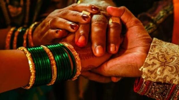عروس هندية تلغي الزفاف بعد فشل العريس في جدول الضرب