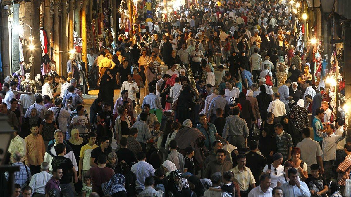 انتعاش الأسواق السورية ... وكلمة السر في تحويلات المغتربين