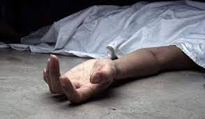 فصلت رأس زوجها عن جسده !