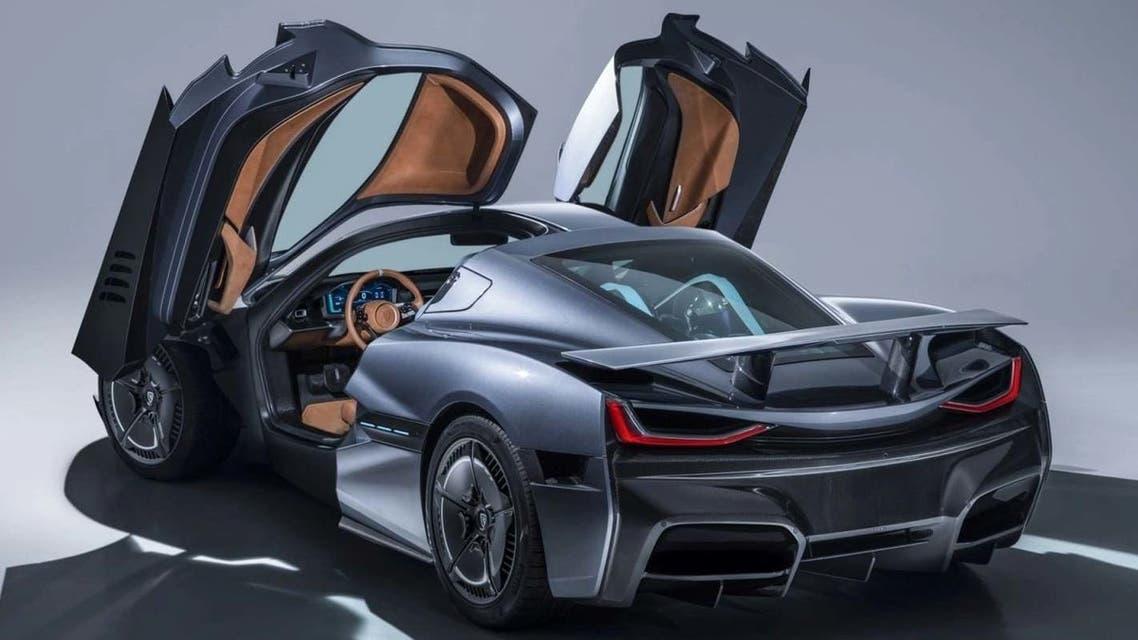 هذه أغلى السيارات الكهربائية في العالم .