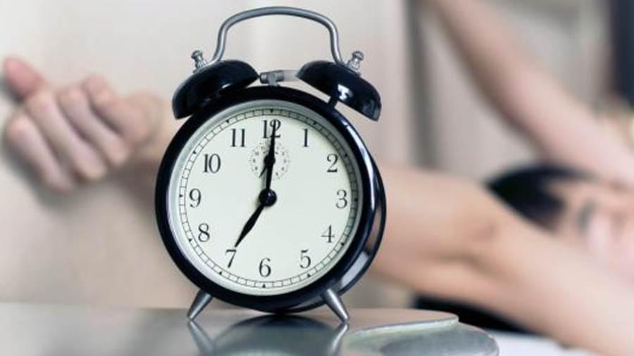 دراسة تكشف فائدة عظيمة للاستيقاظ مبكراً بساعة عن المعتاد