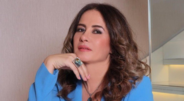 لورا أبو أسعد تفاجئ جمهورها.. قررت العودة للشاشة بعد 7 سنوات من الغياب