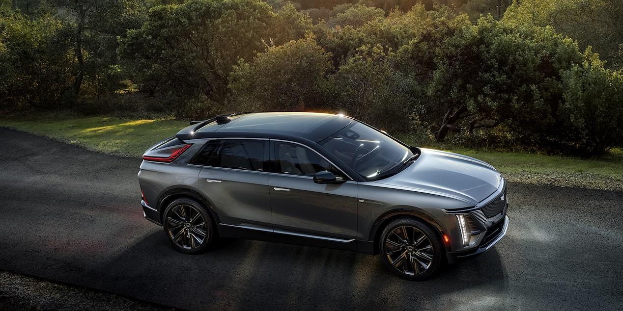 كاديلاك 2023 LYRIQ: الجيل الجديد من سيارات جنرال موتورز الكهربائية
