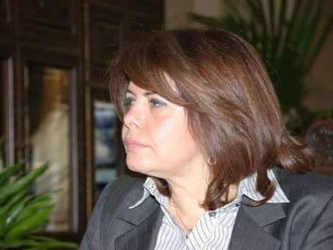 وزير اقتصاد سابقة تنتقد حكومات كانت فيها وزيرة و معاونة وزير