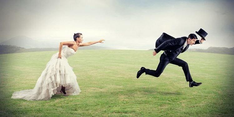 عريس يهرب ليلة زفافه خوفا من هجوم زوجته الأولى