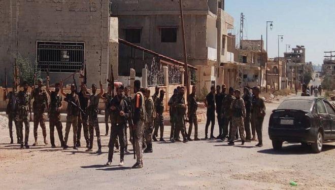 الجيش يطوي صفحة الإرهاب في «درعا البلد» ويرفع العلم السوري فيها