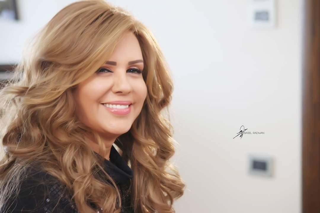 سلمى المصري: لم أقم بعمليات تجميل.. ومها تحاول إصلاح أخطاء عمليات التجميل والعودة كما كانت لكن لم تنجح