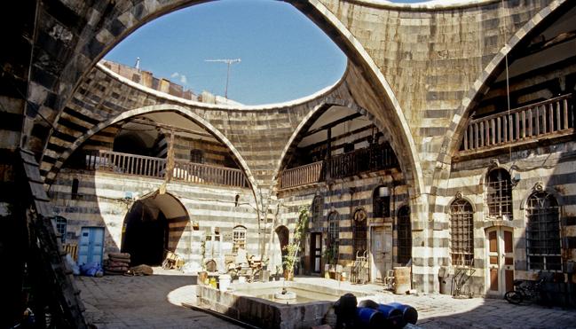 لإعادة دمشق القديمة للائحة التراث العالمي.. تأهيل خان سليمان باشا ليصبح فندق 5 نجوم